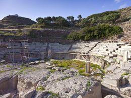 Das antike Theater von Milos.