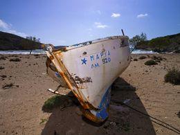 Fischerboot am Angathia-Strand auf West-Milos. (c) Tobias Schorr