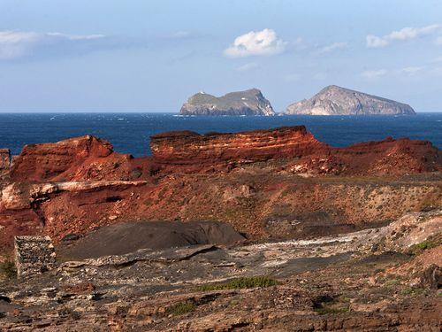 Das Manganbergwerk Vani gehört zu den interessantesten Zielen des GEO-Tourismus auf der griechischen Insel Milos. (c) Tobias Schorr