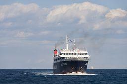 In 2009 gab es noch regelmäßige Fährverbindungen nach Methana und so konnte man auch ganz spontan die Vulkanhalbinsel besuchen. Die MS Apollon war da immer ein schnelles und zuverlässiges Schiff. (c) Tobias Schorr