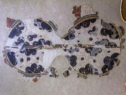 Wandmalerei eines Kriegs-Schildes aus der mykenischen Zeit