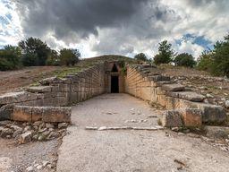"Das berühmte Kuppelgrab des ""Agamemnon"". Mykene. (c) Tobias Schorr"