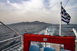 Ein letzter Blick auf die Insel Nisyros. (c) Tobias Schorr