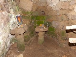 Eine uralte Kapelle in der Höhle. Nymphios-Hochtal/ Insel Nisyros. (c) Tobias Schorr 2013