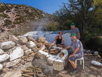 A barbecue at the Diavatis with Tobias Schorr and his guests