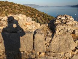 Blick von Palia Epidavros zur Halbinsel Methana im Hintergrund. (c) Tobias Schorr