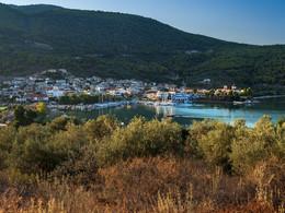 Der Hafenort Palia Epidavros (c) Tobias Schorr