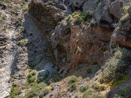 Kontakt der ältesten Gesteine zu den Vulkangesteinen. (c) Tobias Schorr