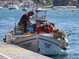 Fischer auf Poros