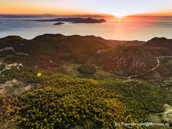 Discover the unknown Greek volcanoes!