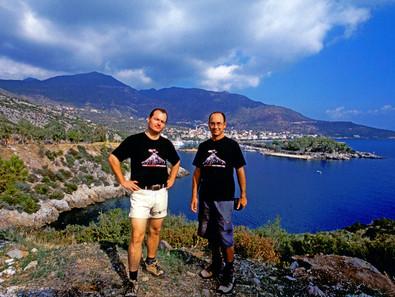 Mit Tom Pfeiffer gründete Tobias Schorr 2005 VolcanoDiscovery.