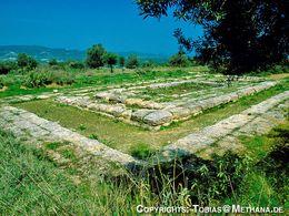 Der Hippolytos-Tempel von troizen (c) Tobias Schorr