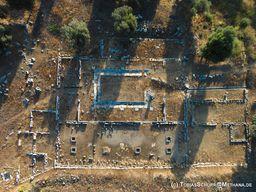 """Luftbild des antiken Krankenhauses """"Asklepion"""". (c) Tobias Schorr"""